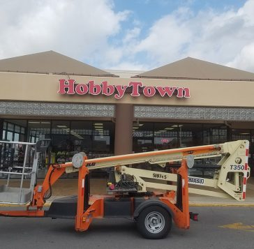 hobbytown signage in louisiana